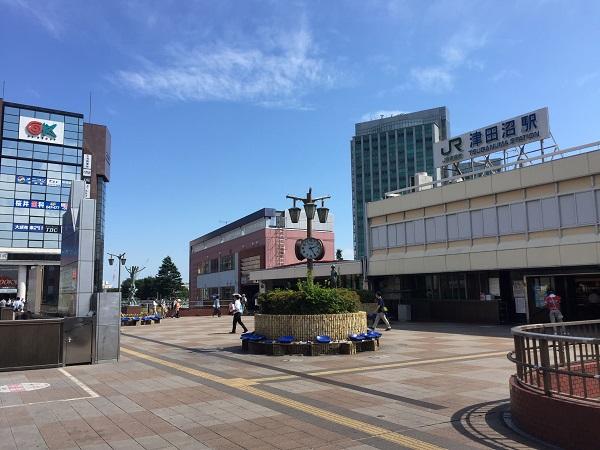 JR総武快速線「津田沼」駅 2,400m