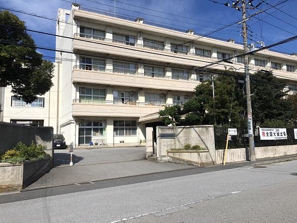 幕張本郷中学校 約400m